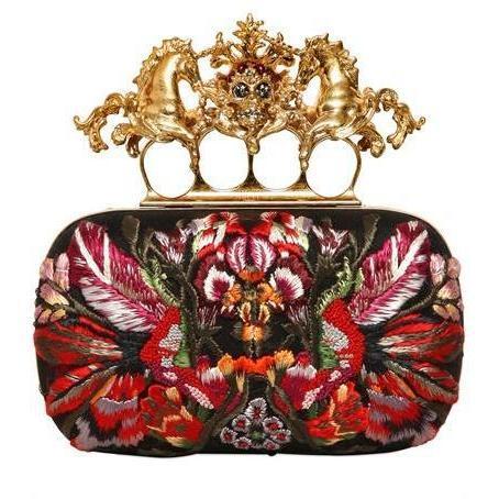 alexander mcqueen einhorn totenkopf blumen appliaktion box clutch designer handtaschen. Black Bedroom Furniture Sets. Home Design Ideas