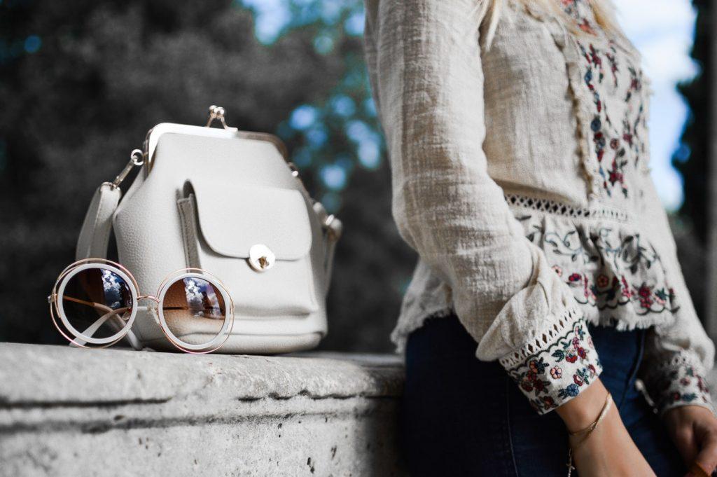 Wer hat die Handtasche erfunden? Die Geschichte der Tasche