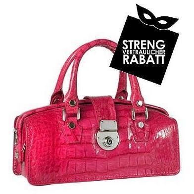 L.A.P.A. Mini-Tasche im Doktorstil aus Leder mit Krokodilprägung in Hot Pink